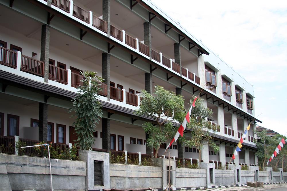 Laut Biru Resort Hotel Pangandaran Diciamis Com