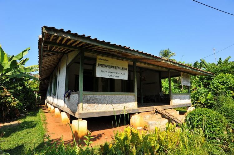 Rumah Adat di Jawa Barat