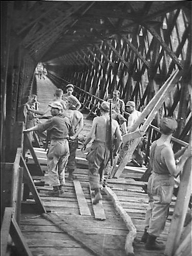 Jembatan Cirahong Tempo Dulu